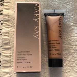 Mary Kay liquid illuminator
